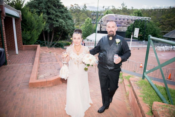 Alison and Scott's wedding, Mundaring Weir Hotel